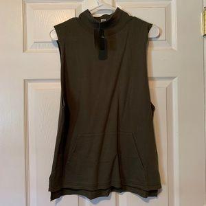 Forever 21 sleeve-less mock neck pullover